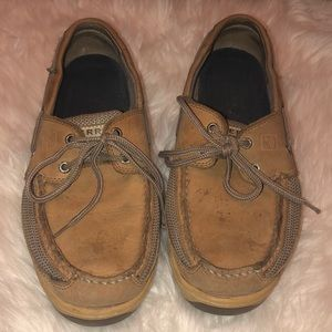 Tan Sperry's